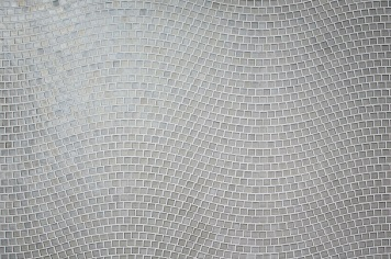 wave-glass-tile-pattern